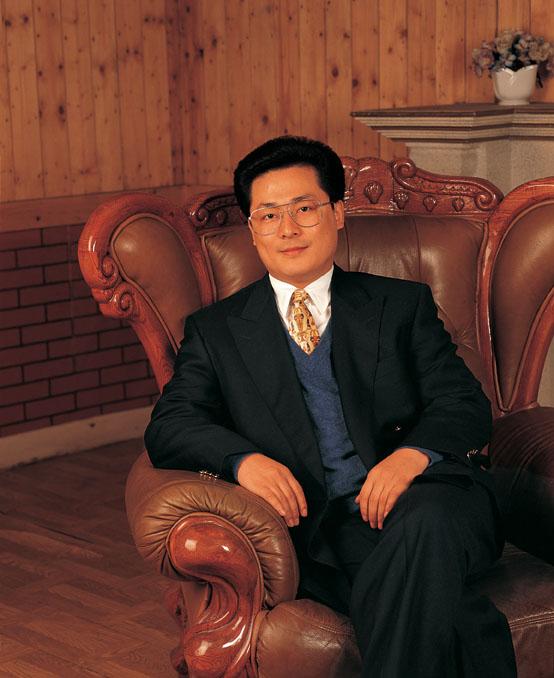 원보경(袁寶璟) : 사형집행을 연기받은 중국의 억만장자